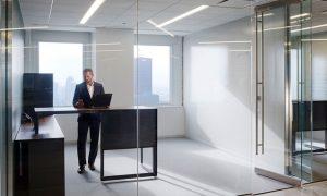 Mampara de oficina en cristal